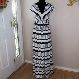 Thalia Sodi Zig Zag Chevron Maxi Dress